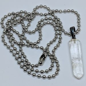 Jewelry - Vintage Natural Crystal Spike Long Silver Necklace
